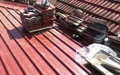 Damaged Roof Problems and Replacements